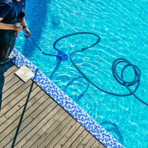 swimming-pool-cleaning